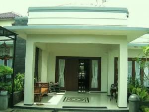 Contoh Model Teras Rumah Minimalis b.jpg9  300x225 Desain Teras Rumah Minimalis