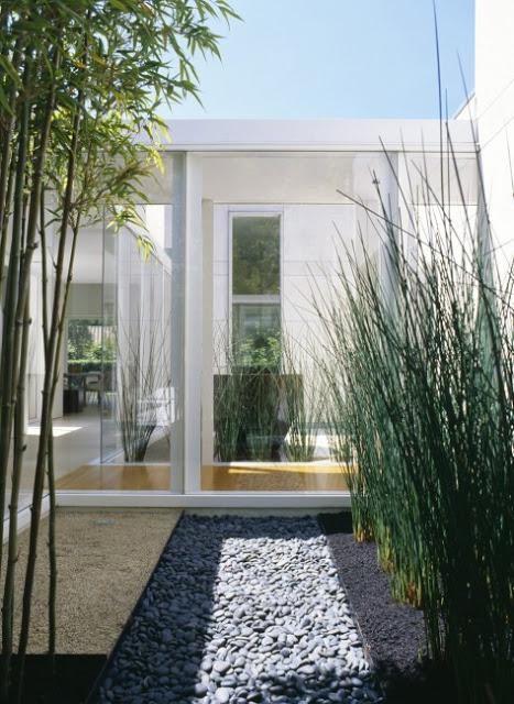 Stunning Indoor Garden Design in Modern Marin County Residence by Dirk Denison Architects 474x650 Desain Rumah Modern oleh Arsitek Dirk Denison